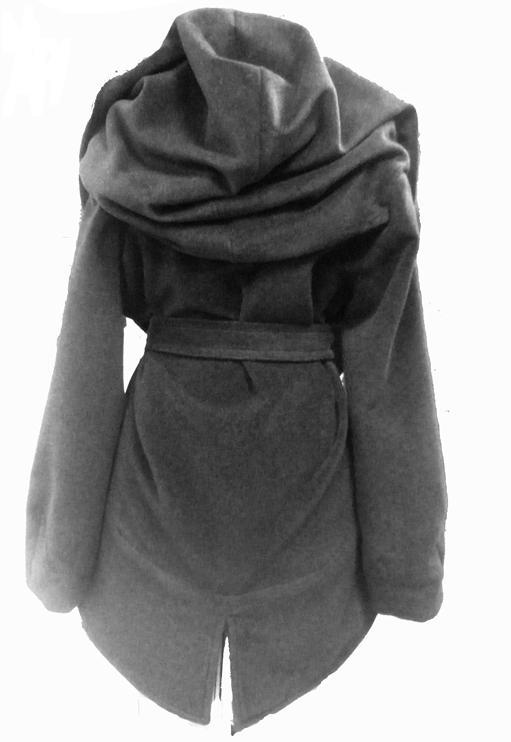 Описание: Теплое зимнее пальто с